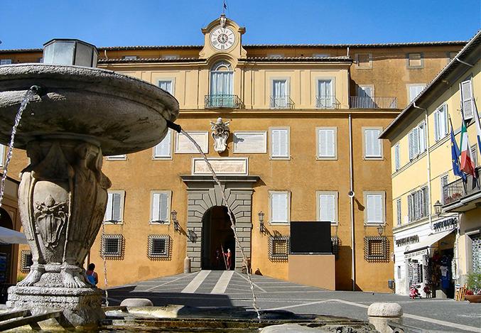 Tour of Rome and Castelli Romani like citizen, not tourist