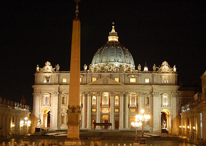 Vatican, the oldest state of the world, with a lot of secrets and history, everywhere…. visit with us underground of St. Peter's